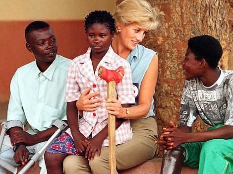 Diana_Landmine Victims