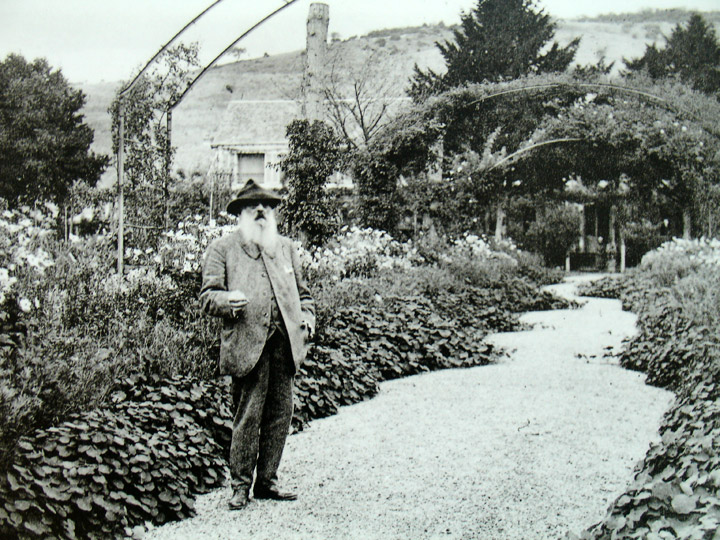 Claude Monet in his gardens.jpg